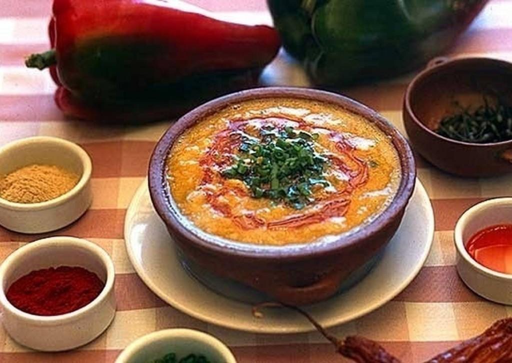 Convocatoria a gastronómicos por el Aniversario de la Revolución de Mayo