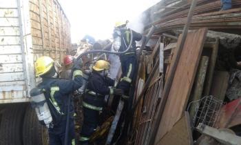 Bomberos extinguieron incendio en un depósito