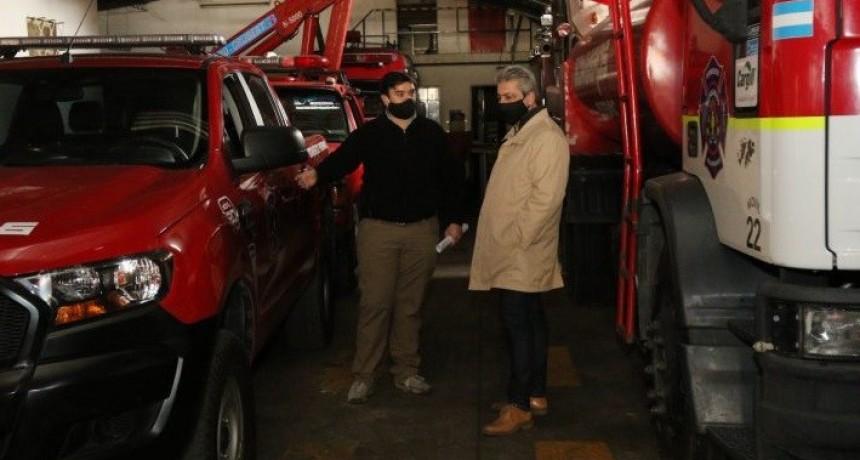 La Municipalidad entregó un subsidio a los Bomberos