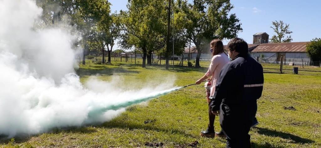 Prevención de incendios: capacitación sobre el uso del matafuego