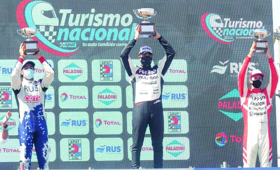 Dos podios para Alfonso Domenech